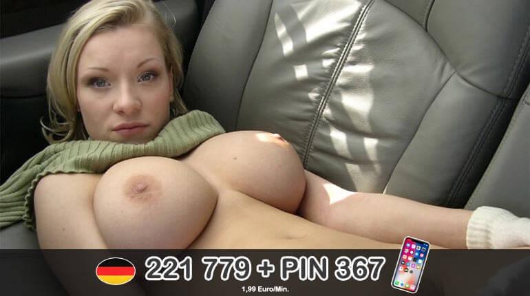 Blonde Tittenmaus steht auf geilen Sex am Telefon