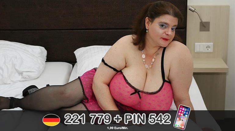 Tabuloser Telefonsex mit einer hässlichen fetten Hausfrau